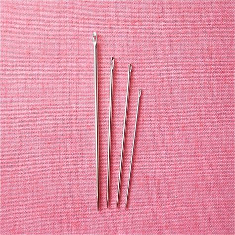 Here's a little primer to the most commonly used hand-sewing needles: how to recognize them and how best to use them.