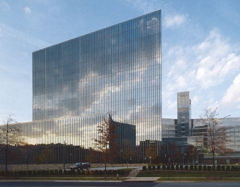 Gannett/USA Today Headquarters    LOCATION:  McLean, VA    ARCHITECT:  Kohn Pedersen Fox Associates    OWNER:  Gannett Company, Inc.    BUILDING TYPE:  Commercial
