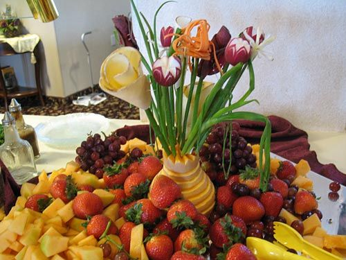 Waterfall Fruit And Veggie Displays: Best 25+ Fruit Buffet Ideas On Pinterest