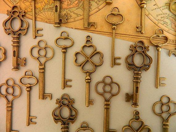 24 touches de squelette anciennes clés par GlowberryCreations