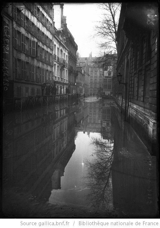 Janvier 1910 rue de poitiers inondations paris 7e for Agence immobiliere 6eme arrondissement paris