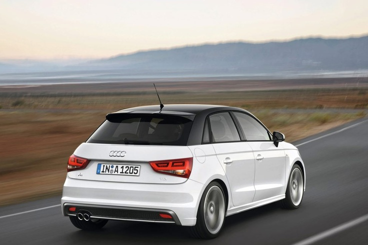 2012-Audi-A1-Sportback-Rear-Profile 149