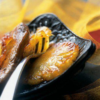 Foie gras poêlé à l'ananas caramélisé