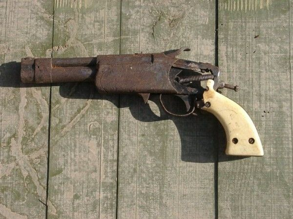 Sunday Gunday: 11 Homemade Guns That Will Churn Your Stomach