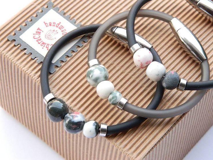 Bracciali in porcellana, pvc, filo armonico e chiusura magnetica #ChiaraClay #porcelainjewelry