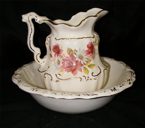 details about vintage pitcher bowl set water wash basin white gold w roses daisies let. Black Bedroom Furniture Sets. Home Design Ideas