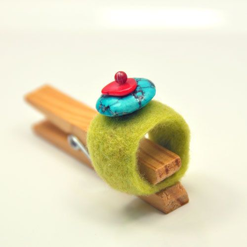 CITRONE  felted ring hand made turquoise coral by dagmarabuczek