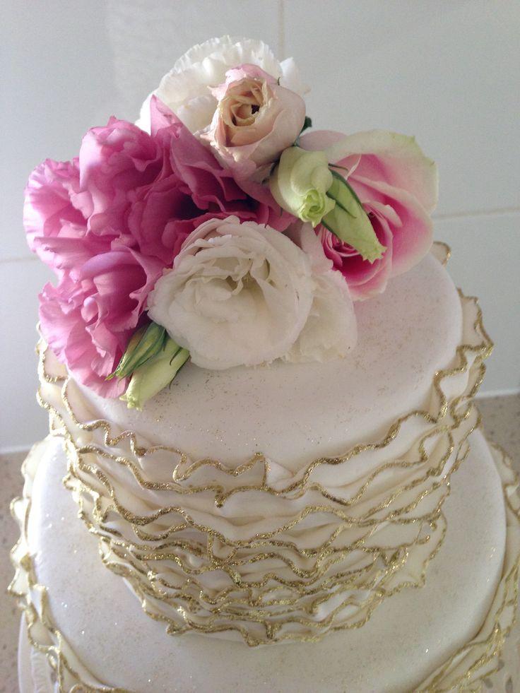 Vintage 2 Tier Cake