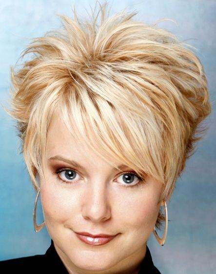 short-hairstyles-beauty-and-modern-haircut-for-woman-94.jpg 443×562 pixels