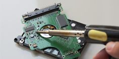 7 DIY Projects You Can Make With an Old Hard Drive – KayTouch Solutions