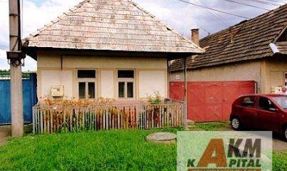 Slnečný Rodinný dom so samostatným dvorom 900m2 Sebechleby na predaj - Domy…