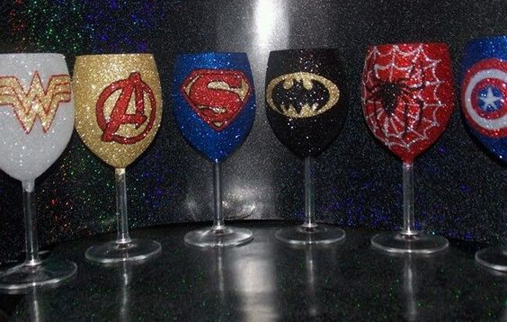 Glitter glass Superhero wine glass 30cl individual. Superman.batman.hulk.marvel.