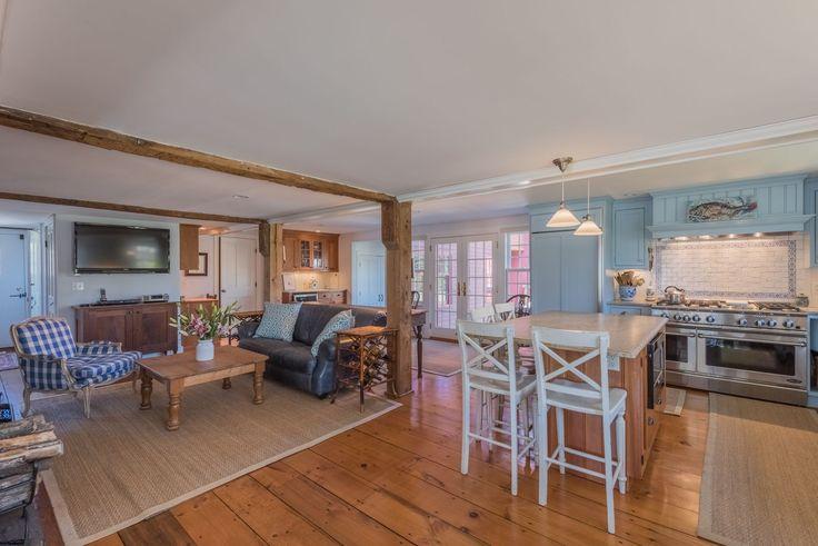 Dieses wunderschöne New England Saltbox Haus zum Verkauf hat eine faszinierende Geschichte   – New Kitchen