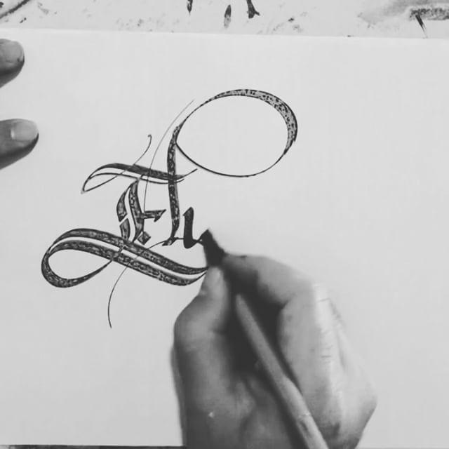 "295 Likes, 25 Comments - Kalligraphos (@meliksayin) on Instagram: ""Elisa . . . . . . #elisa #name #names #Lettering #calligraphy #hyperlapse #timelapse #meliksayin…"""