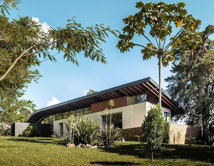 Casa El Carajo / Obranegra Arquitectos.