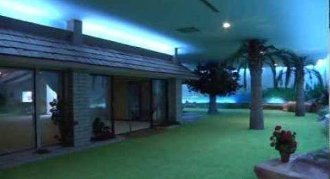 Soğuk Savaş Döneminden Kalma Yer Altındaki Lüks Ev-Sığınak http://goster.co/soguk-savas-doneminden-kalma-yer-altindaki-ev-siginak