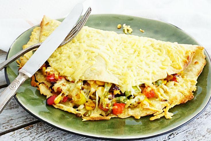 Een hartige pannenkoek met veel groenten en kaas: Mexicaanse pannenkoek. Lekker als voedzame lunch of als gezond hoofdgerecht