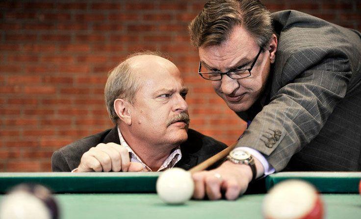 Salkkareiden päänäyttelijät. Vasemmalla Seppo Taalasmaa ja oikealla Ismo Laitela.
