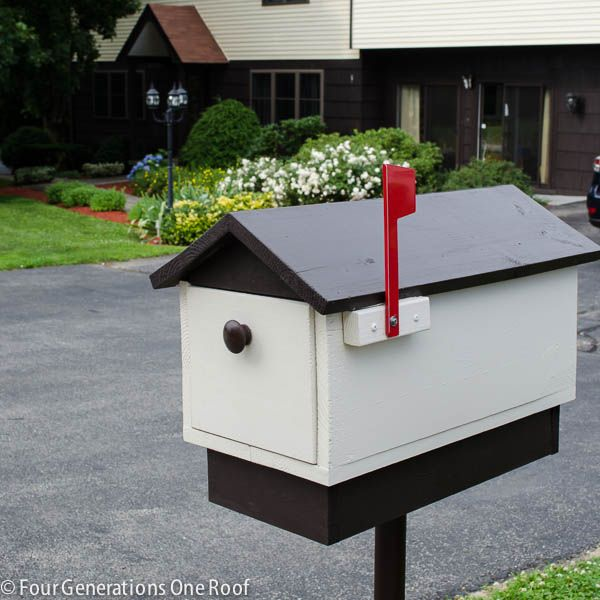 Mail box makin' time!  favorite diy home projects july