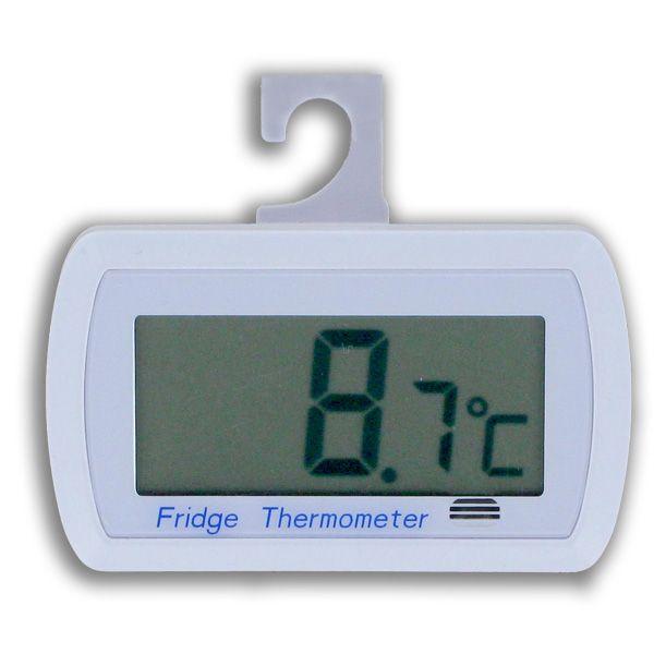 http://www.termometer.se/Digital-kyl-och-frystermometer-615W.html  Digital kyl- och frystermometer 615W - Termometer.se  Häng upp STD-RT615W i kylen eller frysen med hjälp av den inbyggda kroken! Den tydliga displayen ger dig snabbt temperaturen. Batteribyten blir inte så ofta: räkna med att termometern går i flera år utan byte! Den lilla stjärnan blinkar på displayen om temperaturen ligger utanför intervallet +4°C - +8°C i kylen.    STD-RT615W som är en vattentålig digital...