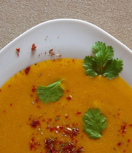 Quinoa Raz!: Zupa krem z marchwi, batata i quinoy