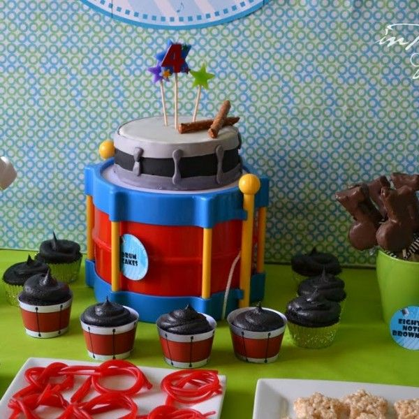 A fabulous music themed boy's party that hits all the right notes.