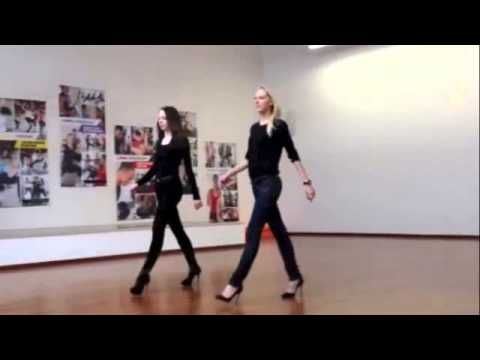 Catwalk Coach and Model; How to walk on a runway