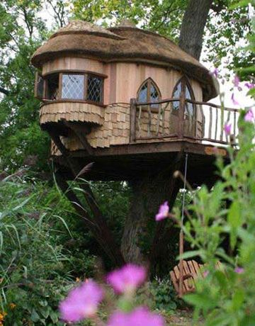 Cottage tree house! I would love to make this if I had