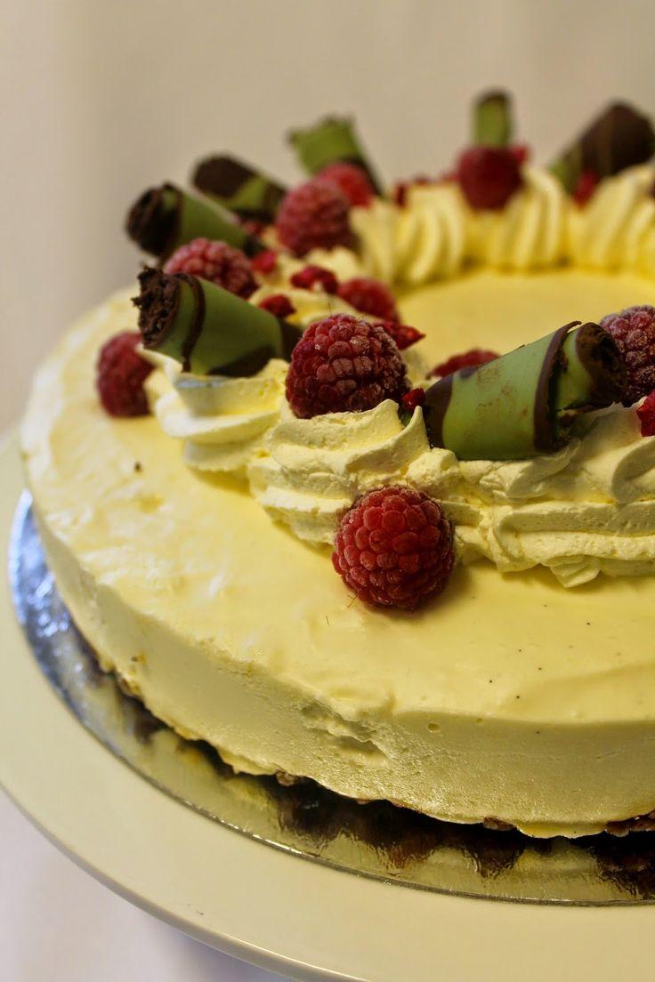 Kakkuviikarin vispailuja!: Valkosuklaajuustokakku