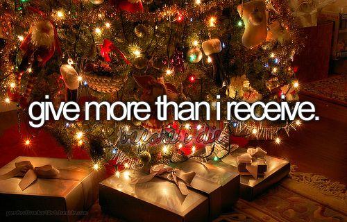 great goal [  ]Bucketlist, Buckets Lists, Christmas Presents, Christmas Lights, Inspiration Pictures, Christmas Mornings, Christmas Decor, Christmas Trees, Christmas Gift