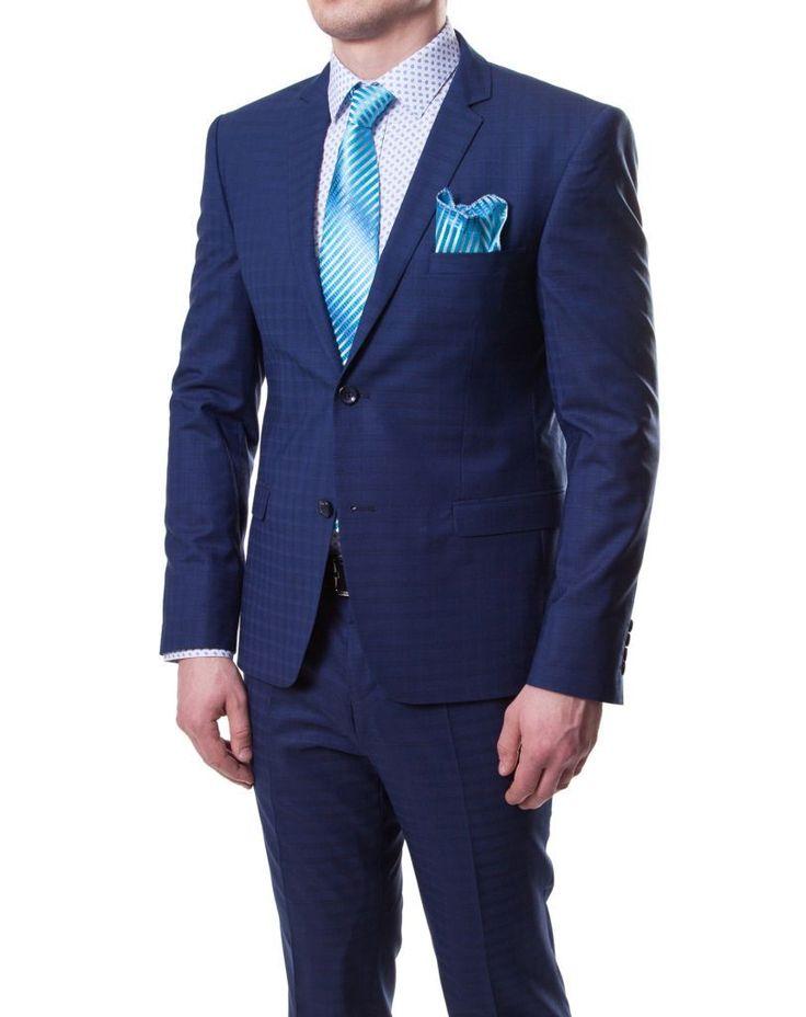 Приталенный синий мужской костюм в клетку