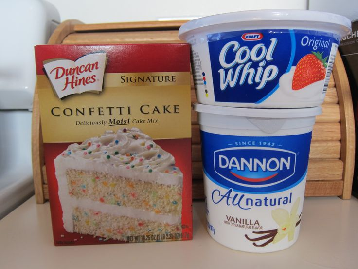Confetti Cake Dip....had this today with animal crackers!.....sooooo totally awesome! Would be great for kids b-day parties