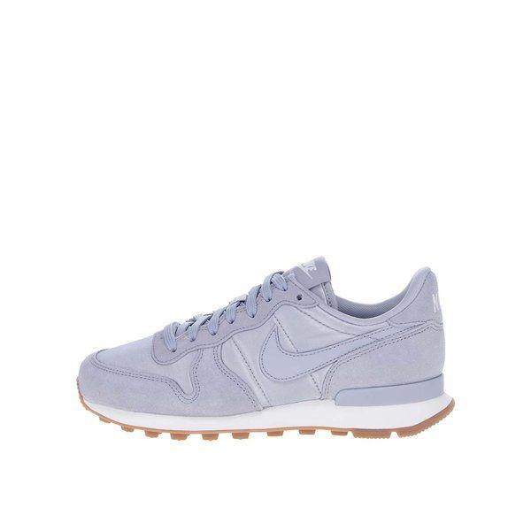 Pantofi sport gri pentru femei Nike Internationalist - - materialul textil cu aplicatii de piele intoarsa asigura un confort sporit si o ventilare optima- talpa din cauciuc rezistent ofera o buna aderenta la sol- brant injectat cu spuma phylon, pentru absorbtia impacturilor - ideali pentru activitati de