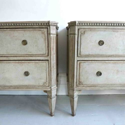 PAIR OF LARGE 19TH CENTURY GUSTAVIAN STYLE CHESTS