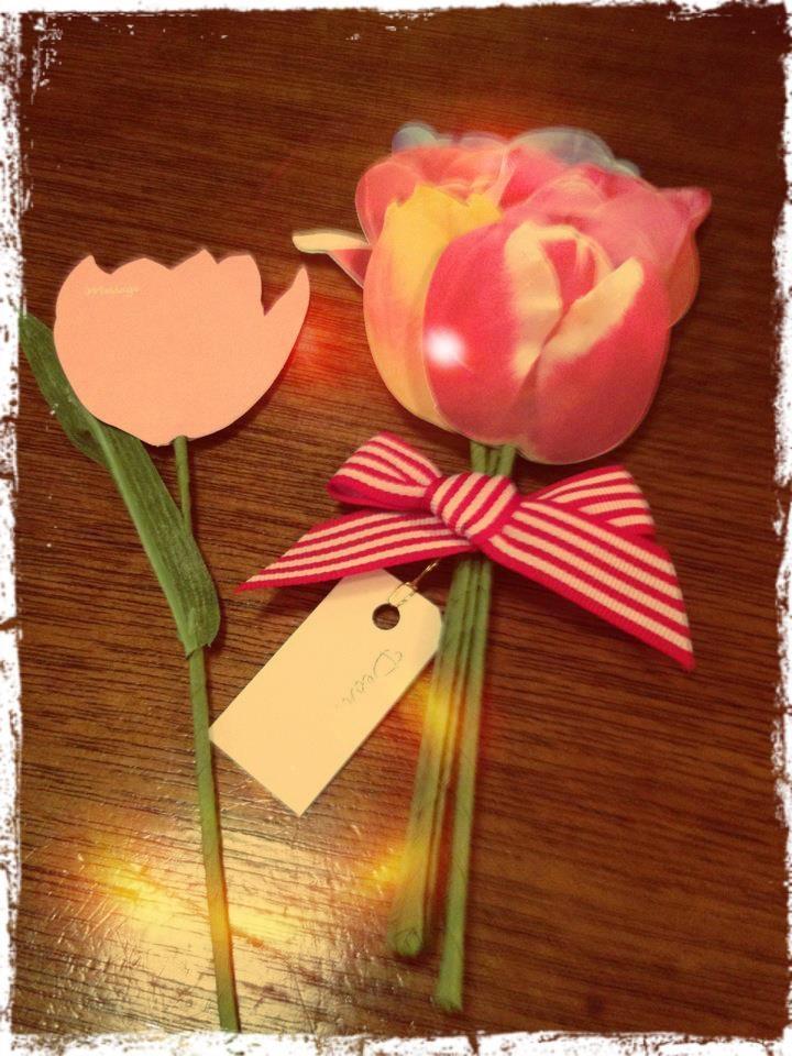 """""""お祝いにみんなで贈る"""" というコンセプトが【bouquet】と近いので共感しました! *写真の商品は恵比寿の有隣堂や渋谷の伊東屋で買えますよ!"""