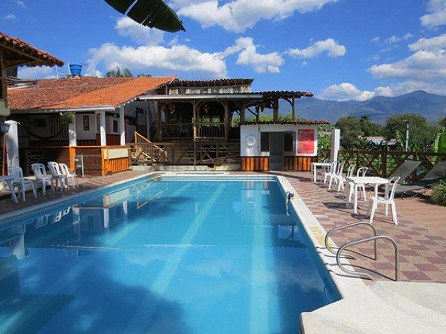 Alquiler de Hoteles en el Quindio ¡Reserva ya! Cel. 3105384427 - 3104502013 #FelizJueves #TurismoPasionyCafe http://ow.ly/oB5x305n43K Turismo Eje Cafetero