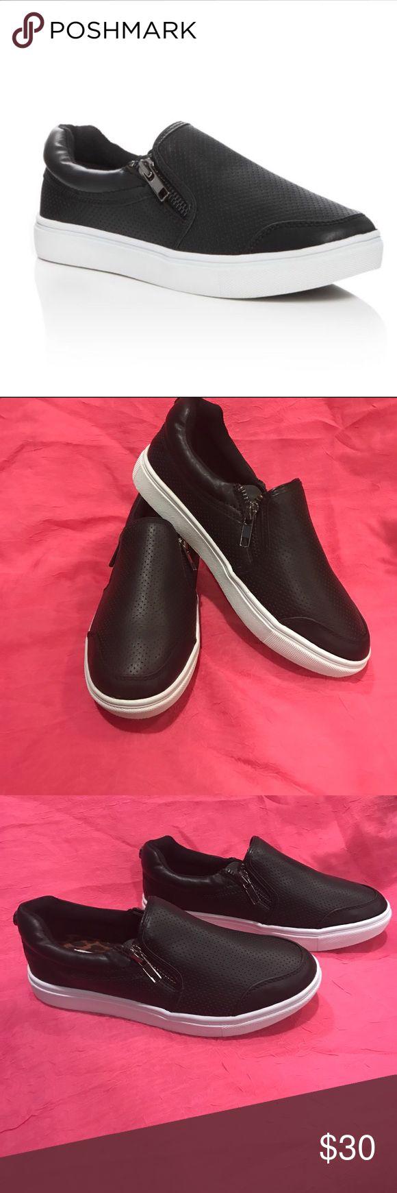 Brand new girls Steve Madden sneakers SALE New.... black slide on Steve Madden sneakers. Girls size 3 ( youth) Steve Madden Shoes Sneakers