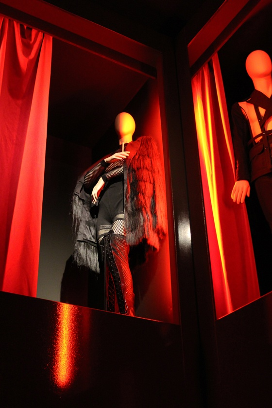 Talking mannequins & beautiful fashion at The Fashion World of Jean Paul Gaultier at the Rotterdam Kunsthal.  Full blogpost with more pictures at  http://www.interiorator.com/#Last-call-Jean-Paul-Gaultier