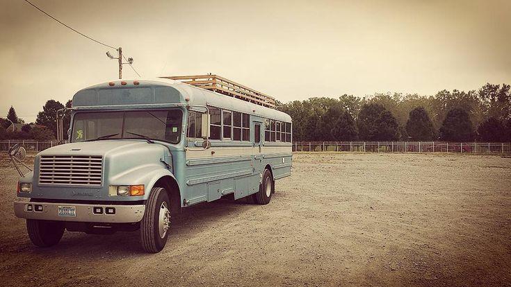 Jak proměnit školní autobus v útulný domov
