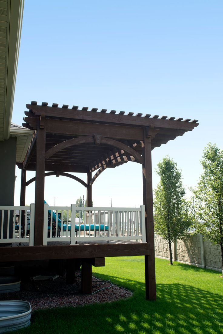 a timber frame cantilever roof featured on a timber frame diy pergola kit is stronger than