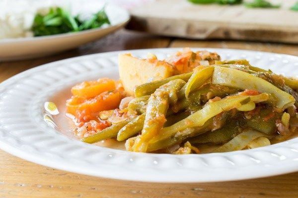 Amazing Greek green beans recipe!Protein-packed and fiber-rich dish!