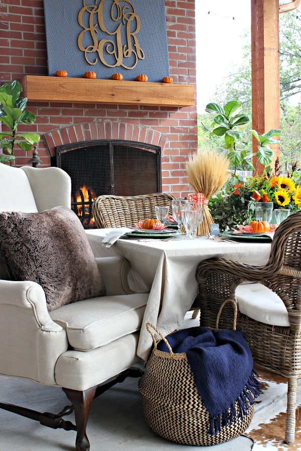 Dimples and Tangles: BLOGGER STYLIN' HOME TOURS THANKSGIVING TABLE 2016