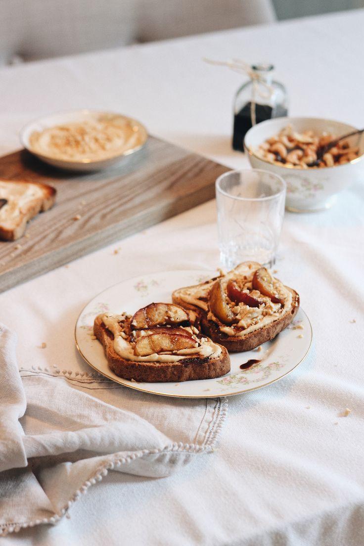 Peaches on toast with cashew cheese (gluten free, vegan)