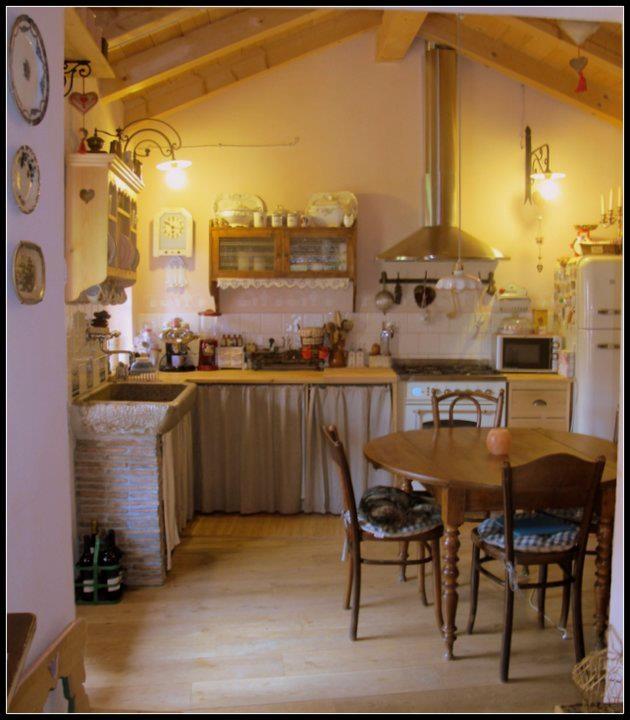 112 best images about italian decor on pinterest hand for Romano italian kitchen