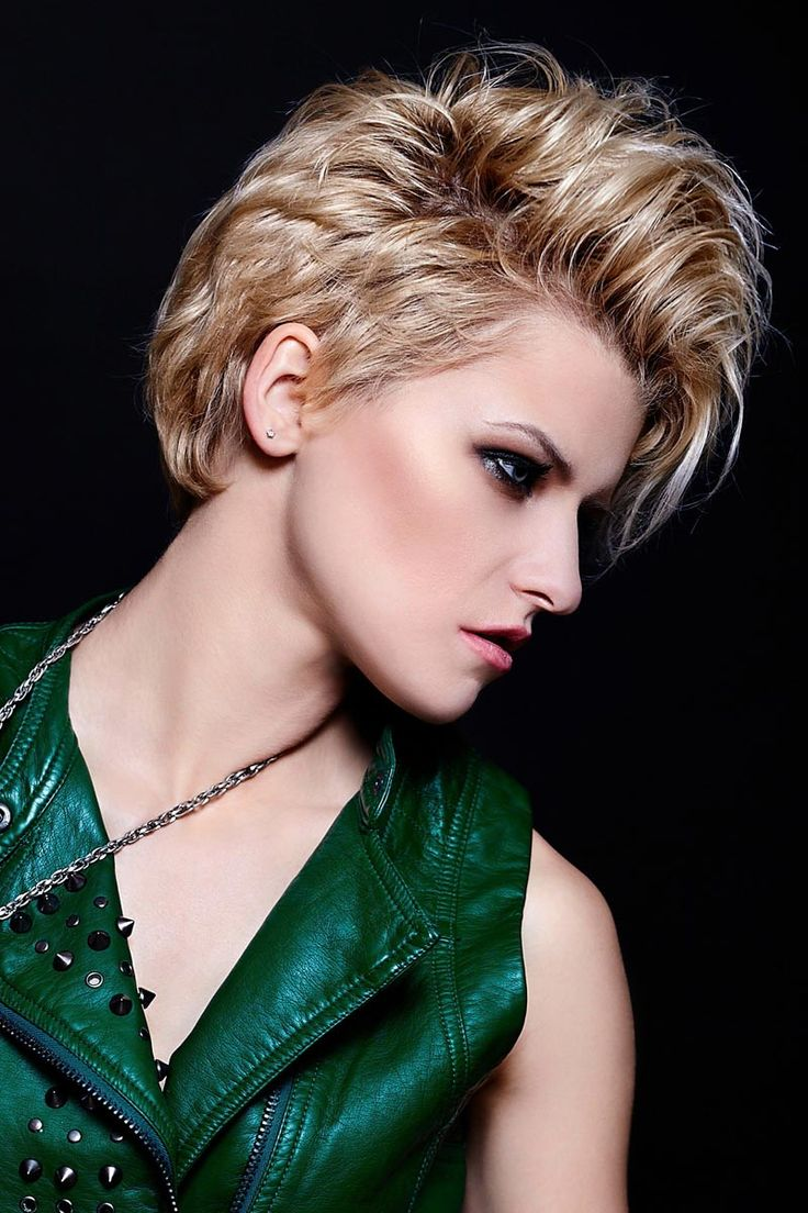 30 best kurzhaarfrisuren short cuts images on pinterest pixie haircuts short cuts and short - Kurzhaarfrisuren pinterest ...