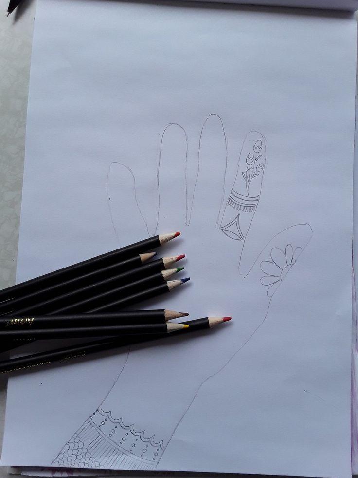 Een leuke nieuwe uitdaging teken mee met An , en de eerste is maak een omtrek van jou hand en teken daar leuke dingetjes in en of omheen , de leukste hand (die ik het leukste vind ) krijgt va