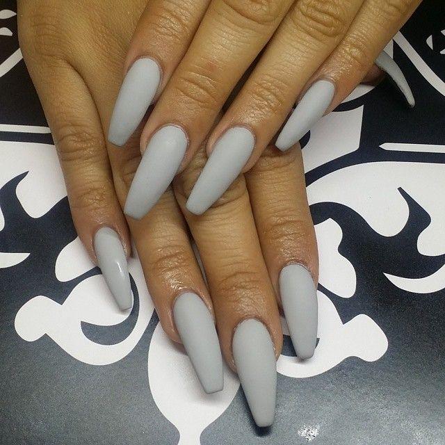 Matte grey coffin nails