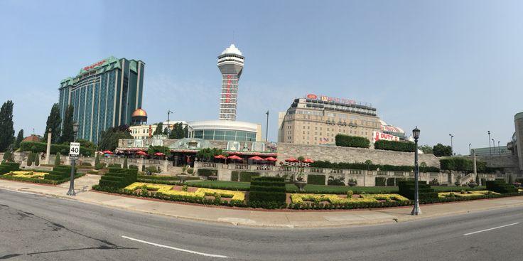 Niagara Falls town of hotels