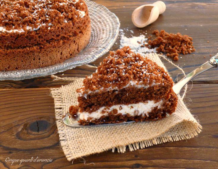 Lamimosa cioccoccoè una torta golosissima, nata quasi per sbaglio, perfetta da servire dopo il pranzo della domenica. Sono una grande amante dell'abbinam