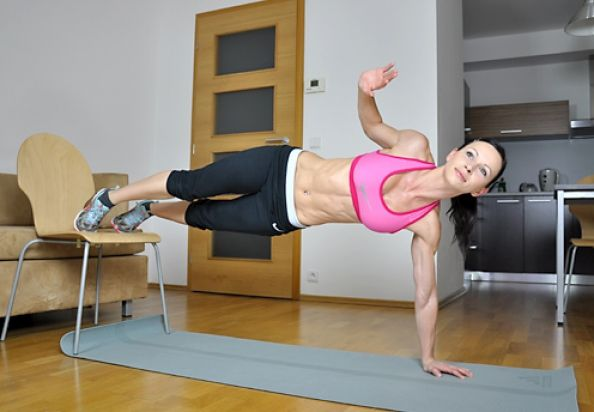 Sweat Workout: 16 mins, full body.- good for morning??